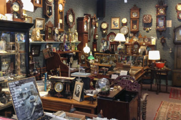 Antiques Dealers - Keeping The Ancient Times Alive